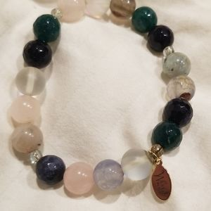 Jewelry - Bead bracelet various color beads fits 6 in. Wrist